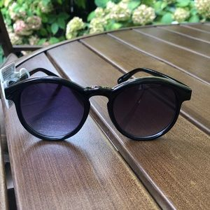 Lauren Conrad black trendy shades.